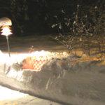 Lumilyhdyt tervehtivät lomilta palaajaa