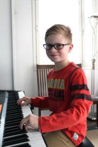 Samuel räppää Ristona valkokankaalla - Lempäälän-Vesilahden Sanomat