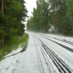 Tie on valkoisenaan. Kuva: Pekka Aitomaa.