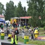 Tapolan aukio muuttui Kurki-festivaalien ajaksi ehdaksi festivaalialueeksi. Kuva: Katariina Onnela