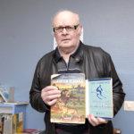 Jouko Pyhälä osti lastenkirjoja sekä Suomen historiasta kertovia teoksia. Kuva:Vivikka Monto