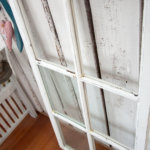 Sisustuksen uusi supertrendi: vanhat ikkunat. (Klaffi ja piironki)