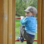 Kesätöitä tarjolla: kaksi leikkikenttäohjaajaa ja lastenhoidon keikkatyötä