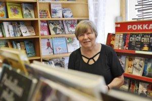 Pirkko Fors yllättyi valinnastaan Vuoden Lempoksi. 111-vuotiasta kirjakauppaa pyörittävä Fors on tunnettu niin Lempäälässä kuin muualla Suomessa.