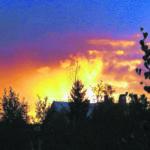 Iltataivas hehkuu väreissä