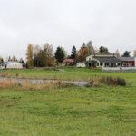Myymättömistä yritystonteista tehdään asuintontteja Puusepäntiellä – Kahden ison tien melu täytyy huomioida