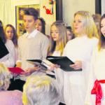 Lucia-laulajat ilahduttivat Ehtookodossa ja Himmissä