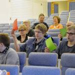 Sote, kuntaliitokset ja alkoholi puhuttivat panelisteja