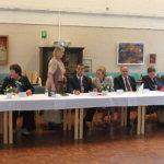 Lempäälän kunnan ja Tapolcan kaupungin edustajien tapaaminen sujui leppoiisissa merkeissä Ehtookodossa. Kuva: Jouko Huurne