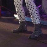 Markkinoiden kuivimmat kengät. Kuva: Inka Valtamo
