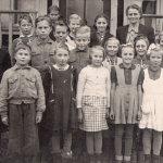 Koulukuva vuodelta 1949.