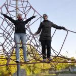 Mirka Halme ja Leena Paulajärvi-Jalonen ovat Vesilahden yhdistyksen kantavia voimia ja monessa mukana. Kuva: Katariina Onnela