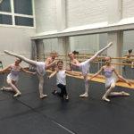 Tanssiopisto valtakunnallisen balettikilpailun finaaliin