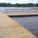 Paunun uimarantaan uusi laituri