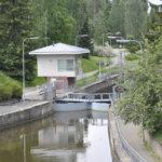 Pelastuslaitoksella eläintenpelastustehtävä Lempäälän kanavassa