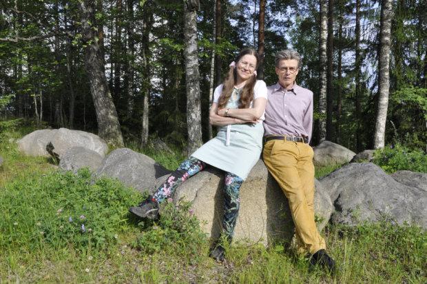 Merja ja Kimmo Koskela aloittavat perhepäivähoitajina Onkemäen koululla. Kuva: Katariina Onnela