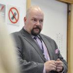 EPP-ryhmän lehdistöneuvonantaja Pete Pakarinen. Kuva Katariina Onnela