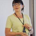 Lehdistösihteeri Leena Brandt kertoi Suomen pysyvästä edustustosta Euroopan unionissa. Kuva: Katariina Onnela