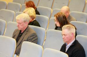 Pertti Uusi-Erkkilä muistutti, että asioista keskustellaan taustalla, vaikka valtuustossa ei puhetta olisikaan. Kuva: Kari Pusa