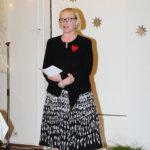Tuula Petäkoski-Hult toi juhlaan kunnan tervehdyksen. Kuva: Erkki Koivisto