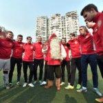 Jouluiloa ja jalkapalloa Suomesta Kiinaan