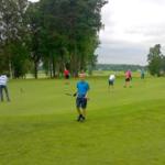Hiisi-Golf kannustaa nuoria harrastuksen pariin