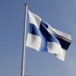 Itsenäistä Suomea juhlistetaan Lempäälässä seppeleenlaskuin ja juhlakahvein – Itsenäisyysjuhlassa jaetaan ensimmäiset Kapteenien rahaston stipendit