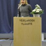Oppilaskunnan hallituksen puheenjohtaja Milla Pesonen lausui juhlaväelle tervehdyssanat. Kuva: Katariina Onnela