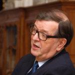 Presidenttiehdokas Paavo Väyrysen mielestä globalisaatio on tullut tiensä päähän