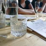 Onko alkoholin nauttiminen valmiuslakiin verrattava välttämätön perusoikeus?