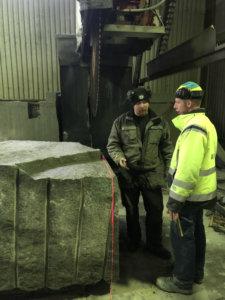 Tampereen Kovakivi Oy on palkannut jo viisi uutta työntekijää ratikkahankkeen tilauksen ansiosta.
