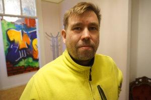 Lempääläisen Seppo Formisto Oy:n yrittäjä Seppo Formisto on tehnyt maansiirtotyötä raitiotietyömaalla rakentamisen alusta lähtien. -Näen omien käsieni jäljen. Se on palkitsevaa, hän sanoo.