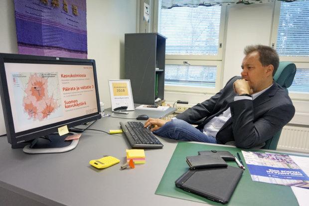 Hämeenkyrön Yrityspalvelut Oy:n toimitusjohtaja Markus Pikka vakuuttaa, että Hämeenkyröllä on avaimet tulevaisuuteen.  – Pärjäämme asumisen ja yrittämisen tyyssijana, hän kiteyttää.
