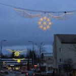 Kysely: Pitäisikö Lempäälän jouluvalot sytyttää jo nyt?