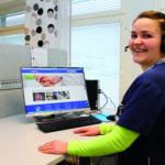 Terveyskeskuksen puhelinpalvelu uudistuu – nopeaa hoitoa tarvitseville oma päivystyslinja