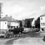 Neljälle pilarille muistomerkki Lempäälän keskustaan