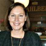 Ulkomaankauppa- ja kehitysministeri Anne-Mari Virolainen poikkesi vaalimatkalla Lempäälässä