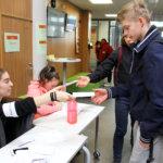 Opiskelijat äänestivät varjovaaleissa – eniten ääniä sai nuorille tuttu ehdokas, ääntenlaskijakin koki yllätyksen
