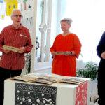 Ensimmäiset Aimalan naulat hankkeen tukijoille – naulapäreillä tuetaan muinaisen kirkon jatkokaivauksia