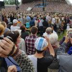 Laulujuhlien tuli syttyi ja presidentti Kersti Kaljulaid avasi suurfestivaalin