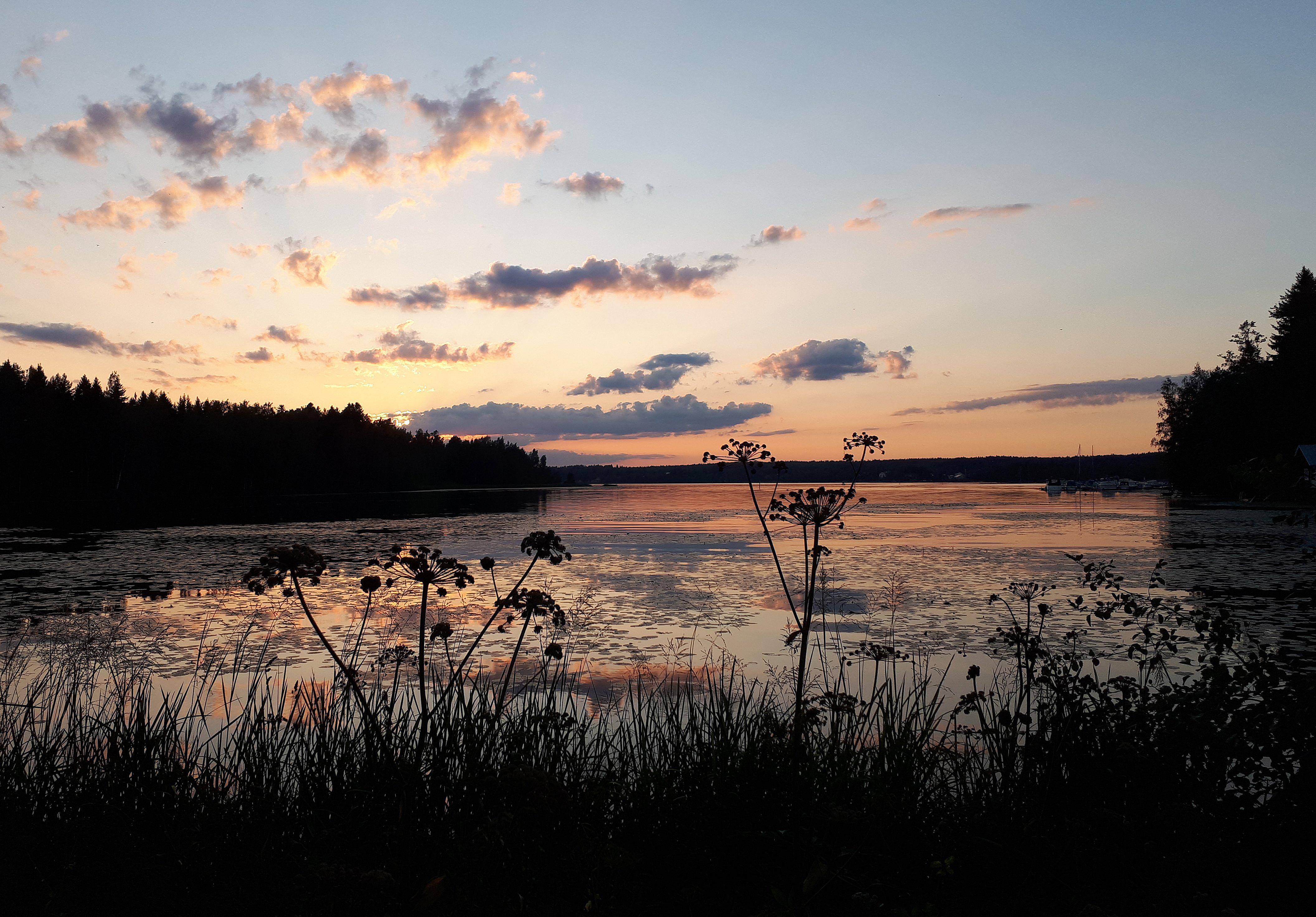 Auringon jälkeen. Kuva: Riitta Kärkkäinen
