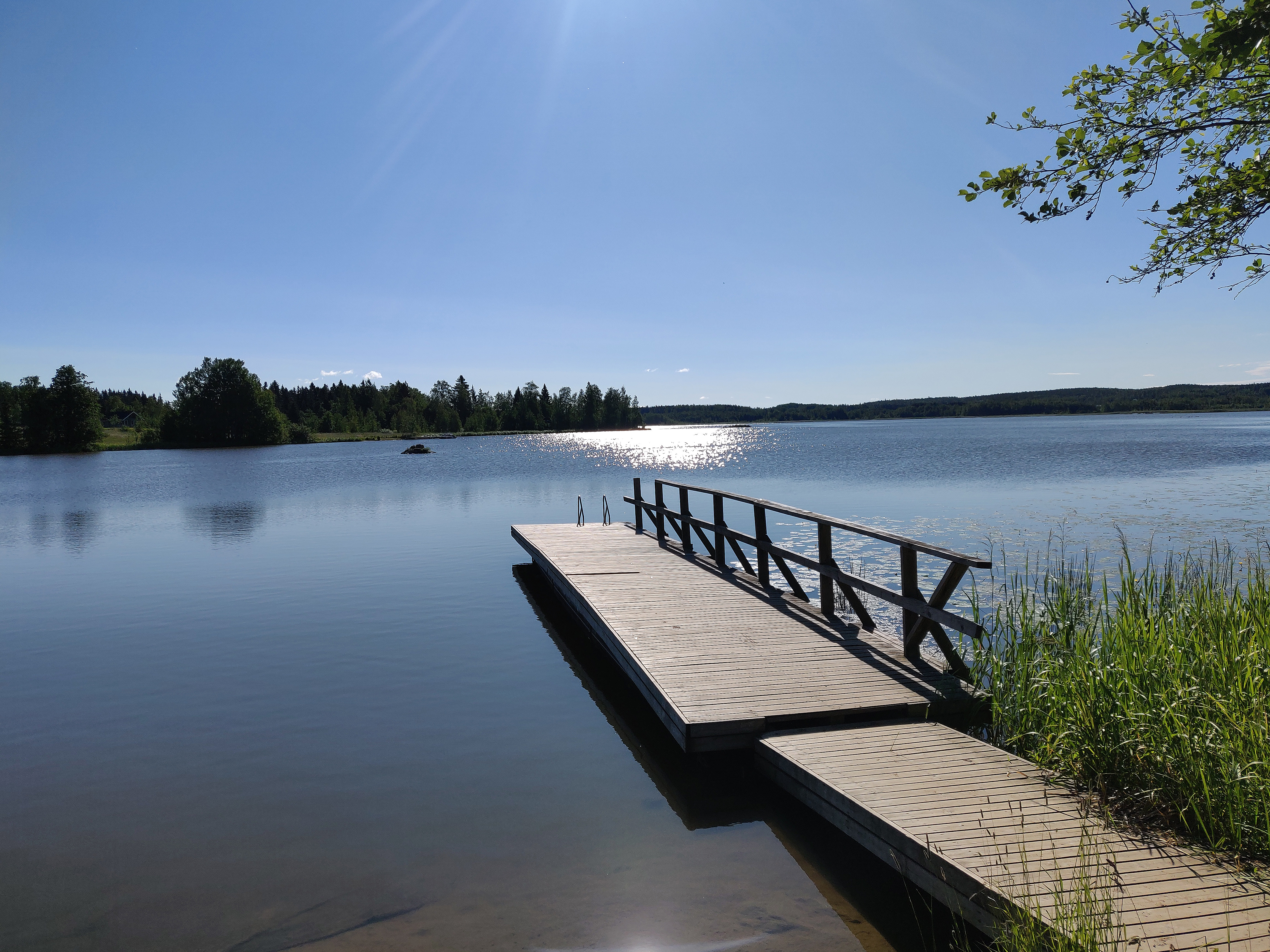 Ryynikän ranta. Kaunis katsella ja suosittu uimapaikka lähiasukkaille. Kuva: Kaija Häkkinen