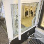 Mies murtautui neljään paikkaan Lempäälän keskustassa, poliisi otti juosten kiinni – Olkkarin kassassa olleet 25 senttiä eivät vorolle kelvanneet