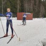 """LeKin Roope Niskanen ja Joonas Kolehmainen Kaupissa suksitaitureina – Paanalle sprintattiin uudella """"formulamallilla"""""""