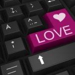 Rakkauspetokset ja -huijaukset yleistyvät rajua vauhtia – uhreina ovat niin naiset kuin miehetkin