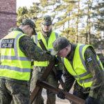 Varusmiehet kaipaavat tukea – Virka-apupyyntö: Lempäälän rautatieasemalle komennetuilta varusmiehiltä paloivat lomat – heillä on työvelvoite ilman ruokarahaa