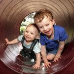 Ohjatut ulkoilutuokiot helpottamaan lapsiperheiden etätyöarkea – Poikkeusolot innostivat ideoimaan uuden palvelun Lempäälässä
