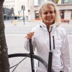 """Lastenhoitaja Eija Tuomen Vauvan päivän terveiset: """"Muodostakaa perheitä ja hankkikaa lapsia"""""""
