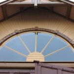 Nuoret olivat taivaanportin maalareina – Vesilahden siunauskappeli on kunnostettu