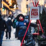 Pelastusarmeijan joulupata ottaa vastaan rahalahjoituksia  – Uusi käytäntö: Joululahjapaketit ja muut vaate- ja tavaralahjoitukset pyydetään toimittamaan keräyspisteisiin